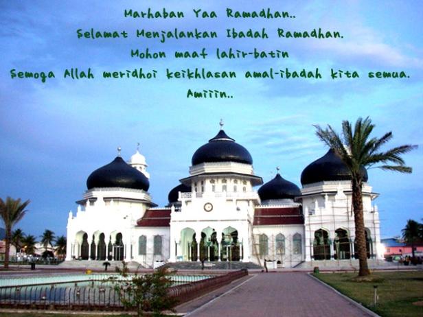 Mesjid Raya Baiturrahman, yang selamat dari tsunami 26 Desember 2004