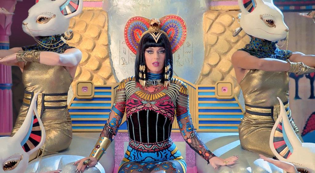Katy Perry Dark Horse Outfit Katy-Perry-Dark-Horse-