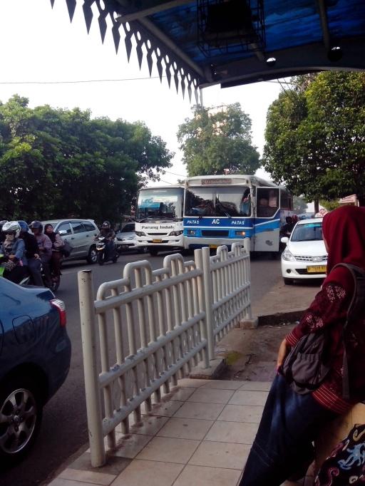 Jl. Raya Ciputat - Lebak Bulus diambil dari Halte Selapa